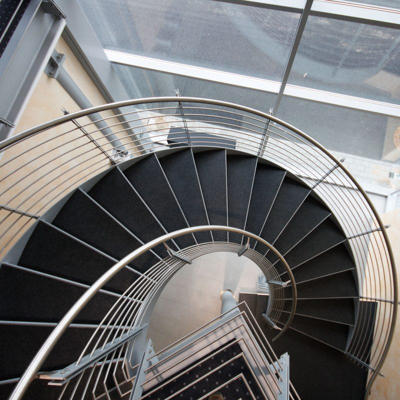 Stahltreppe gewendelt