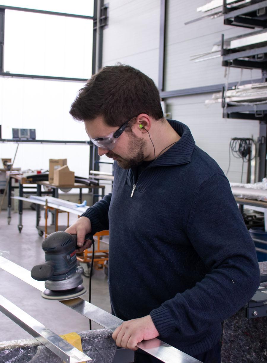 Praktikumsplatz bei Edel/Stahl als Metallbauer
